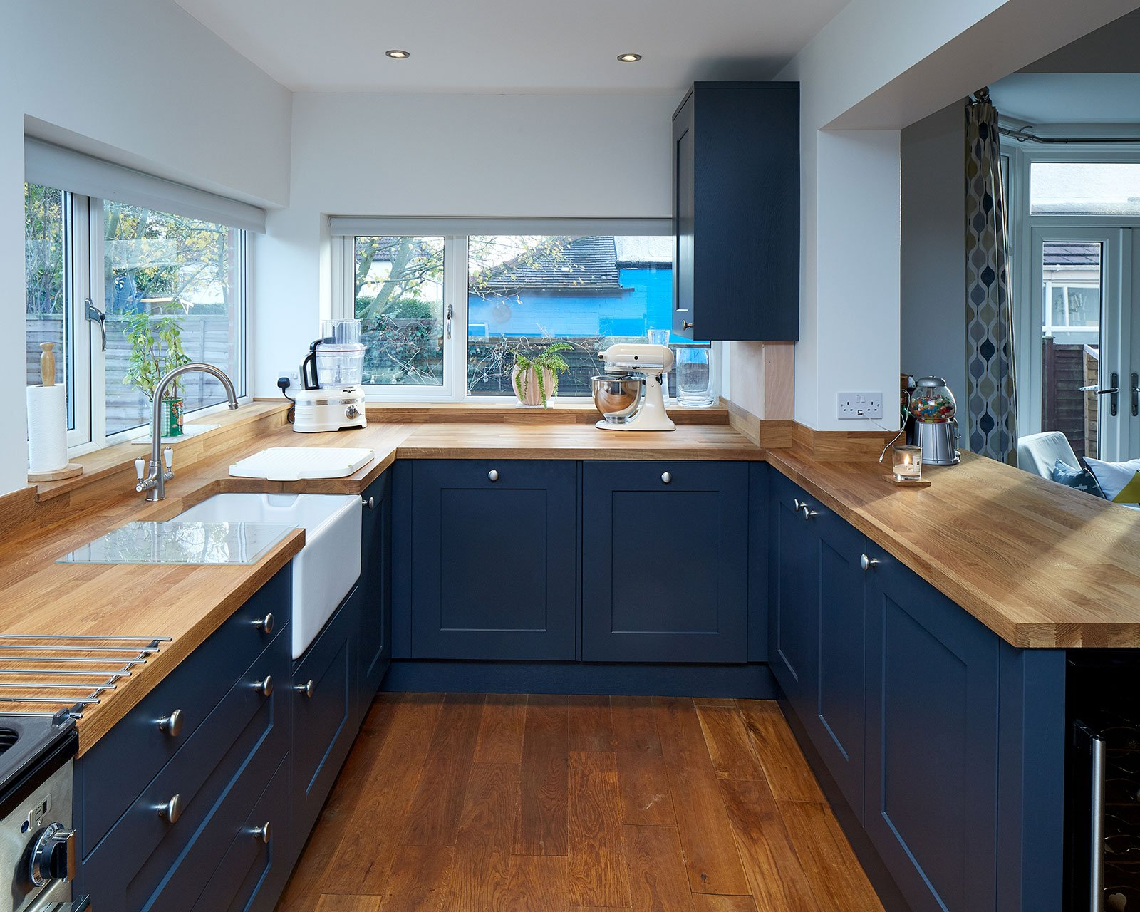 Shaker Fitted Kitchen In Roundhay Leeds Four Seasons Kitchens