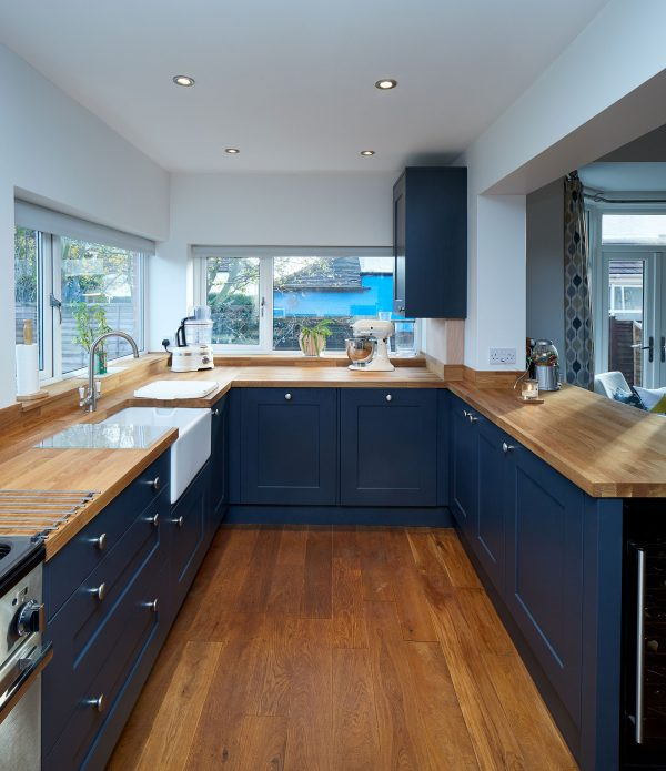 fitted shaker kitchen roundhay