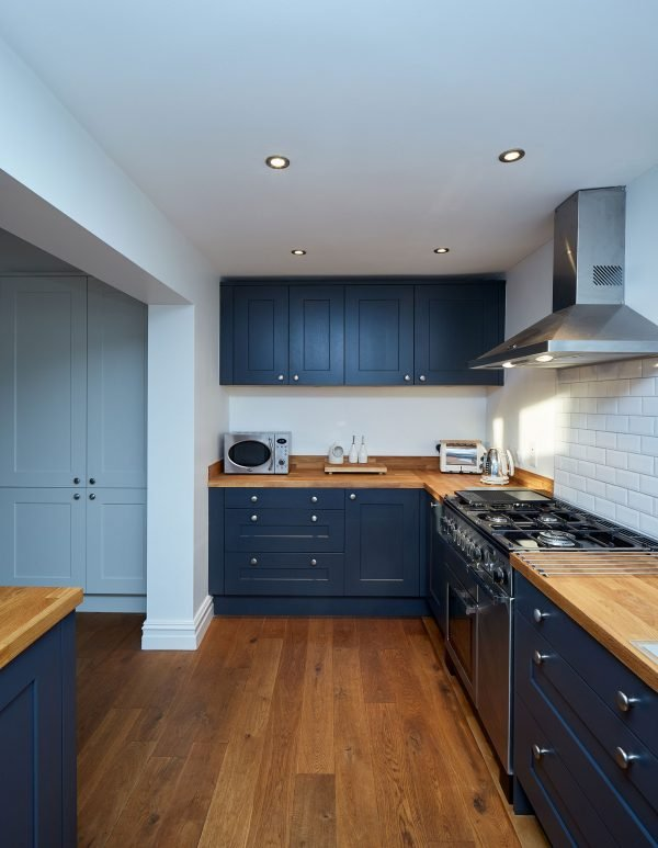 fitted kitchen roundhay 2