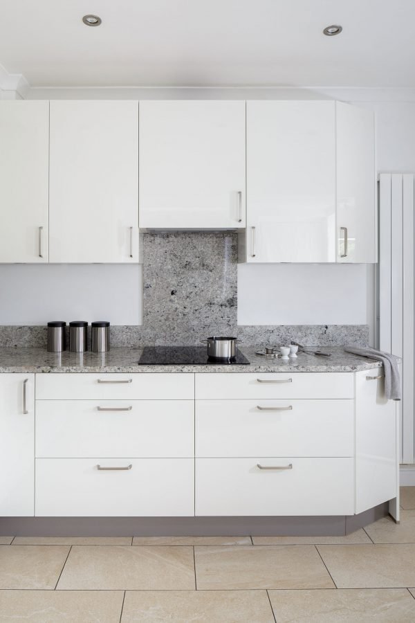 moortown fitted white kitchen 4